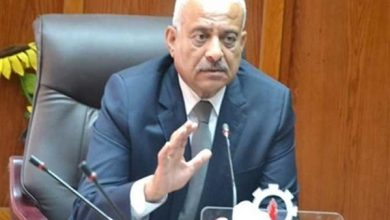 اللواء عبد المجيد صقر محافظ السويس